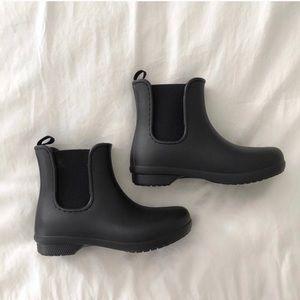 22665b6c8  crocs  rain boot